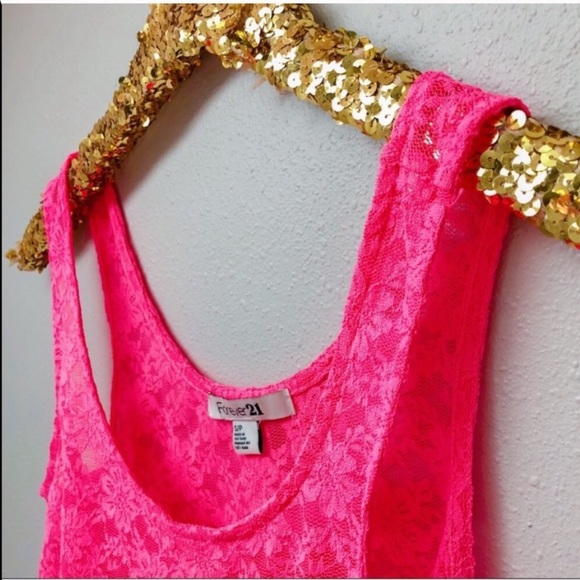 Forever 21 Tops - Neon Pink Lace Sleeveless Crop Top